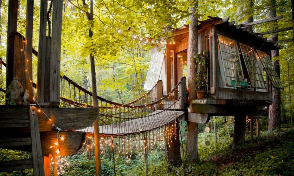 Airbnb上全球最受欢迎的十所民宿(双语)