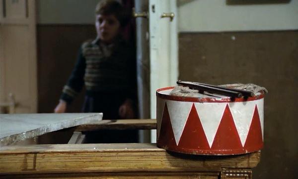 成人电影下_德国经典电影《铁皮鼓》在线观看_沪江德语学习网