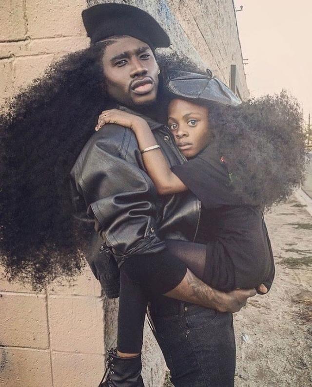 法语热点 来看看美国父女的非洲式蓬松卷发