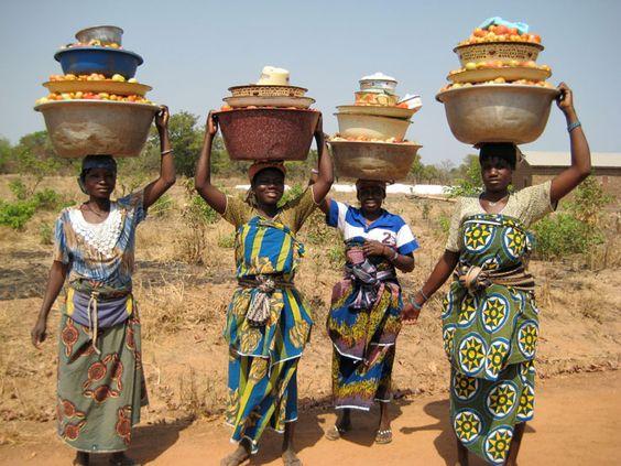 为什么非洲人喜欢用头顶东西?