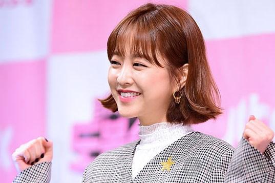 """""""大力女""""朴宝英能否拯救叫好不叫座JTBC的金土剧?"""