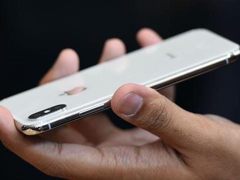 电影世界_嫌苹果X太贵,表情社交v苹果老外网胸的搞笑图图片