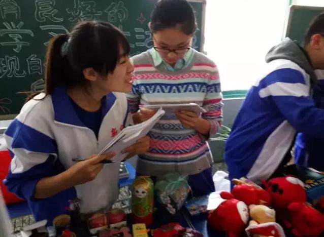 高三年级18岁成人礼-走遍法语学校 在天津有一所中学,连续开了四年
