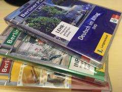 【学习资料】《新版:柏林广场》1-4 教材复习课DVD资源(以及录音稿PDF等)