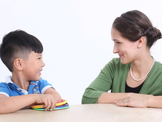 3--12岁不同年龄段,孩子英语学习的重点是什么