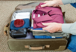 """Vacation Items You'll Almost Always Regret Packing丨行李""""断舍离"""""""