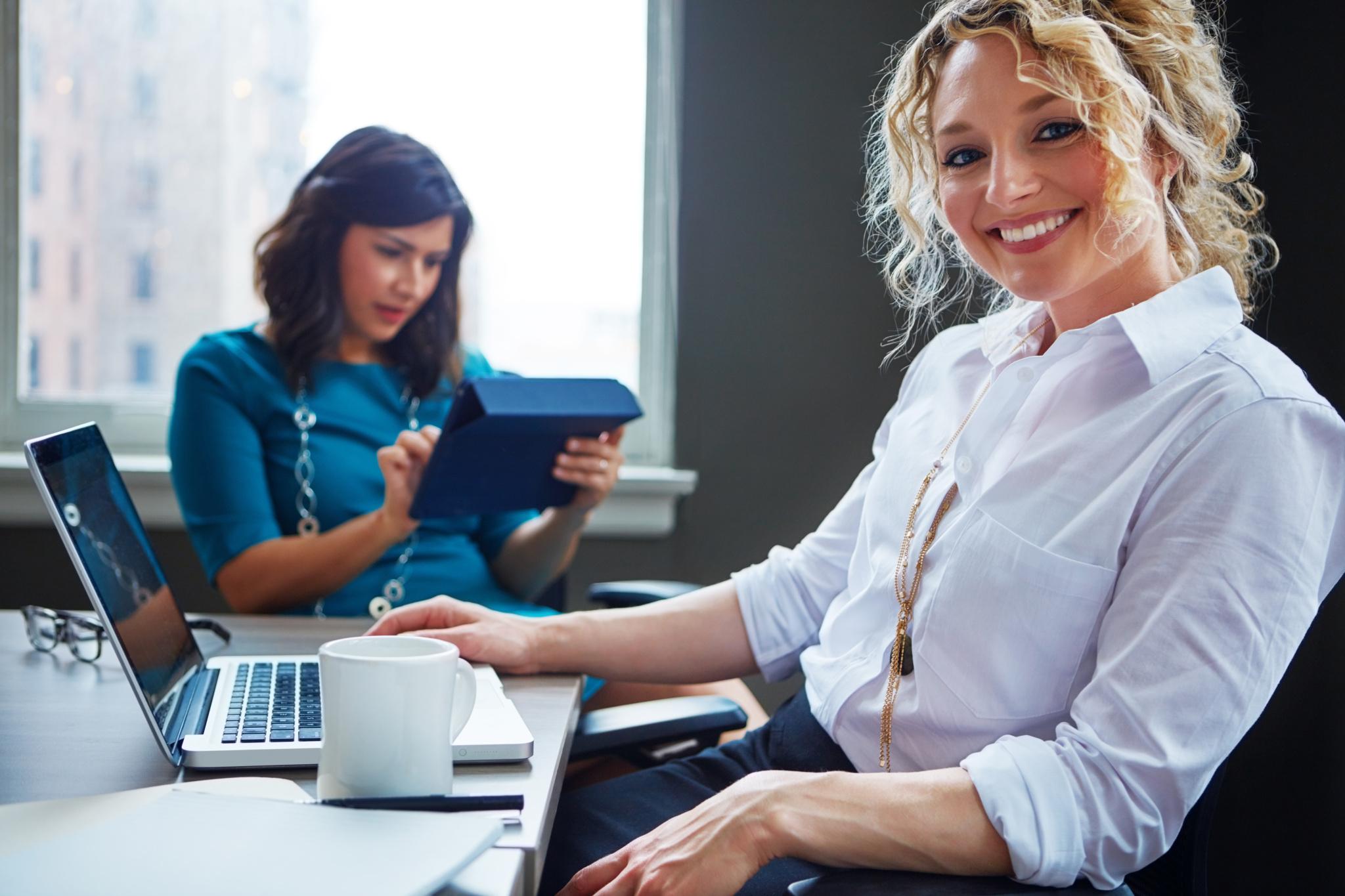 面试问题回答技巧:工资和工作哪个重要?
