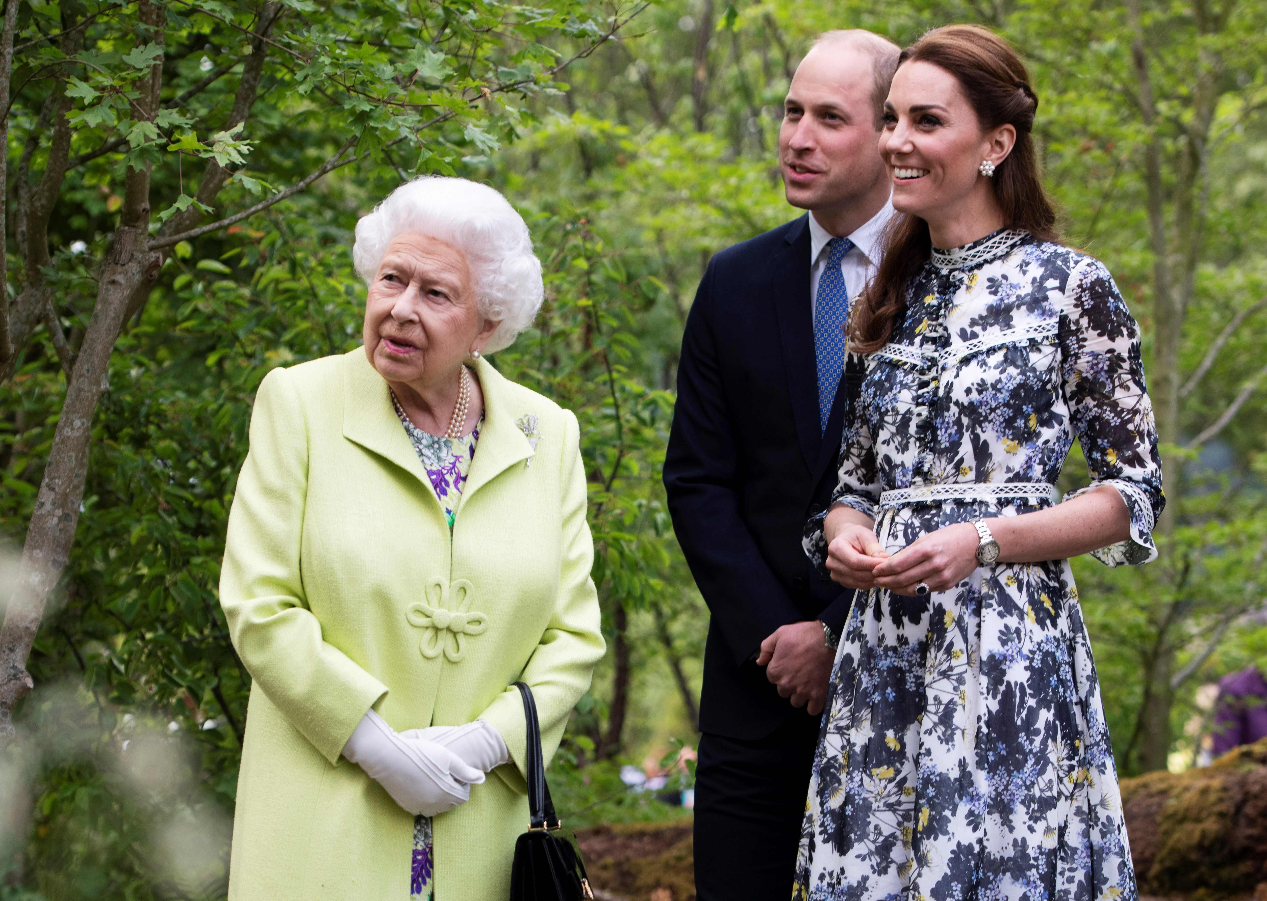 凱特王妃開了個小號在Ins到處評論