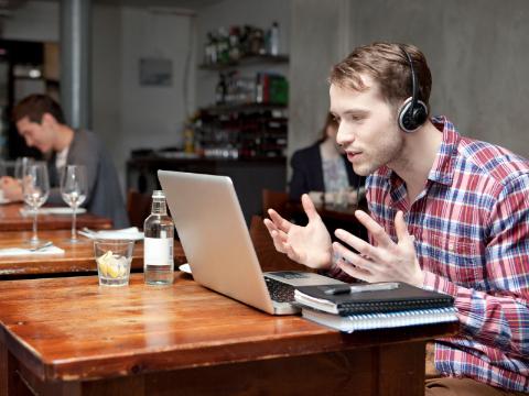 有声双语美文:脾气好,是一种很厉害的能力