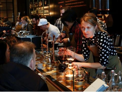 Costa咖啡要拒绝未成年人?买咖啡需要身份证?
