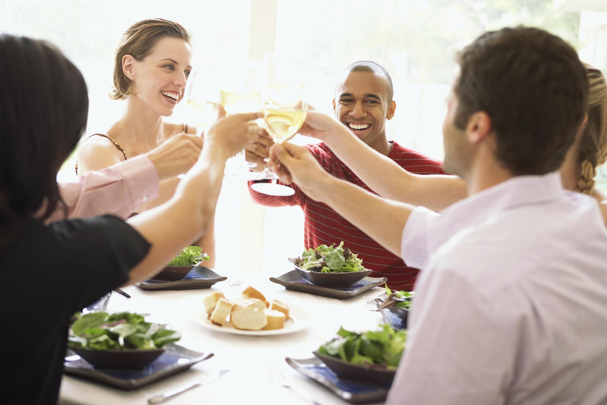 英语小白,外出吃饭时该说什么,你一定不想错过这些句型表达!