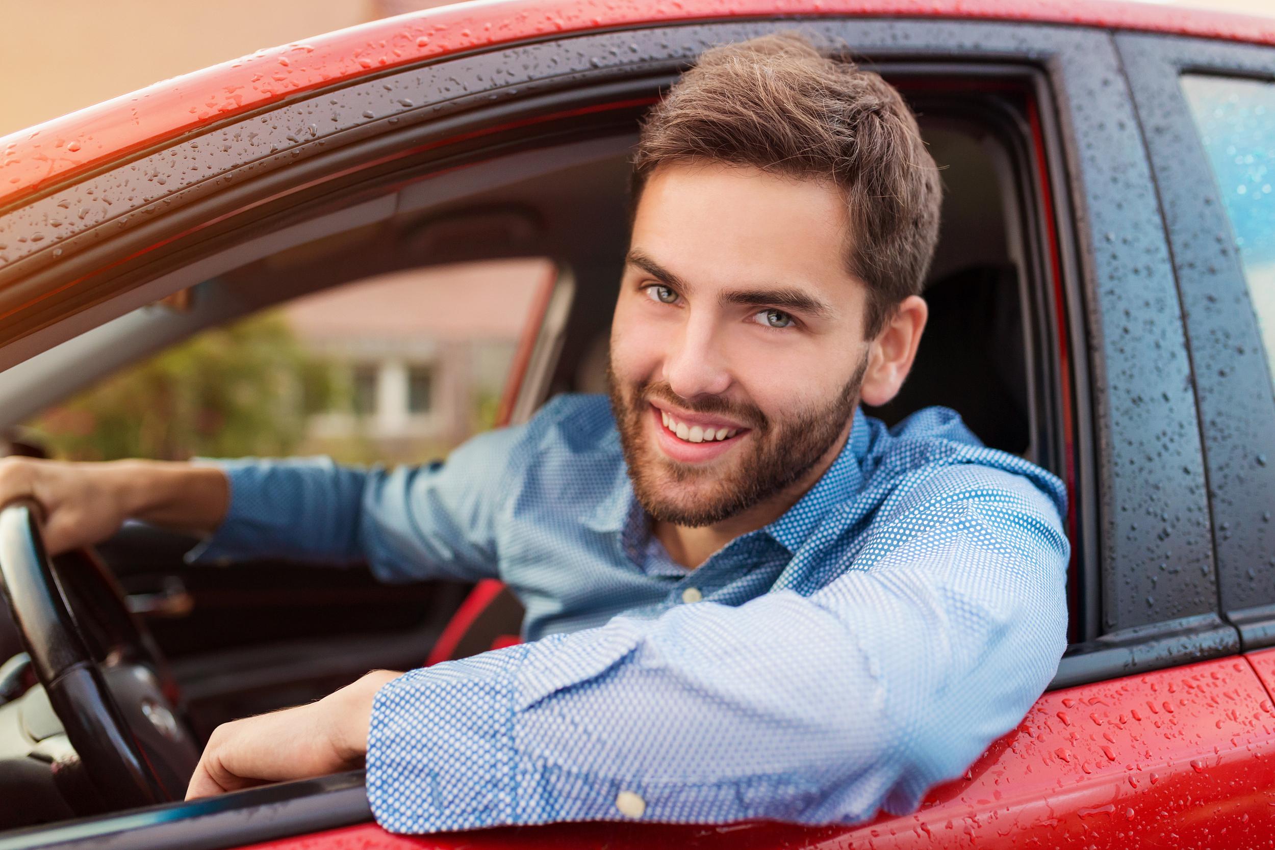 раз, приезжая фото мужчины за рулем машины так давно из-за