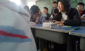 上课说话被老师看到了还有